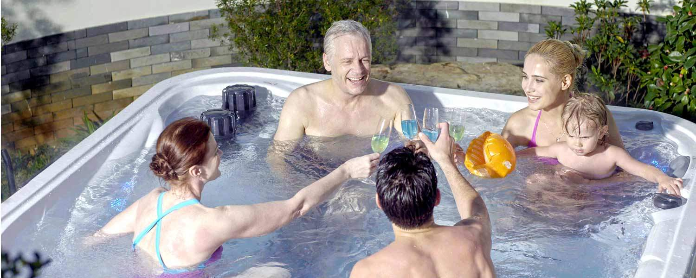 Massasjebad for hele familien fra Quality Spas