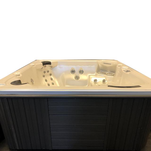 Massasjebad for 6 personer Barefoot 21032020 fra Quality Spas VI