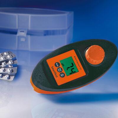 SMARTTEST - Elektronisk vanntester for massasjebad og motstroemsbasseng fra Quality Spas